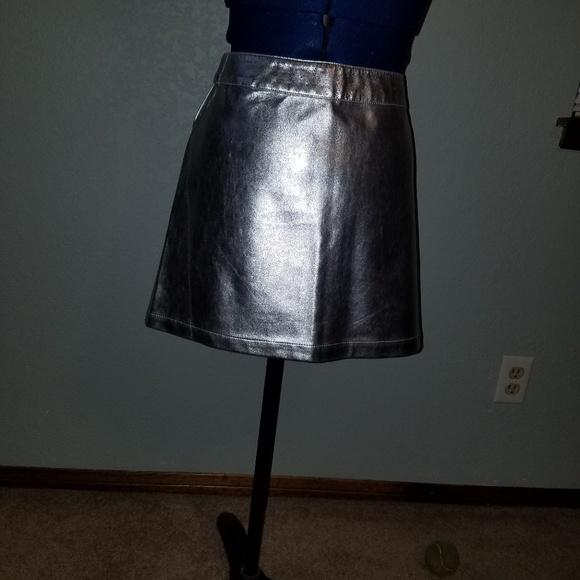 Forever 21 Dresses & Skirts - Forever 21 silver metallic like mini skirt